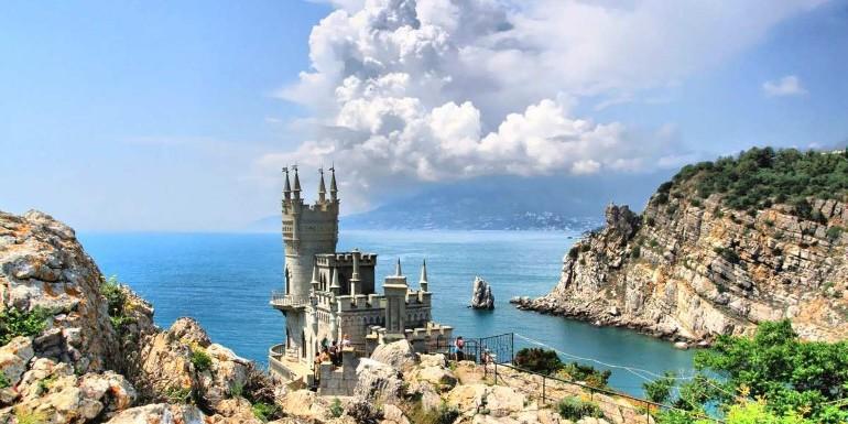 ЄС: Призов жителів незаконно анексованого Криму в армію РФ - продовження політики підривання суверенітету та територіальної цілісності України