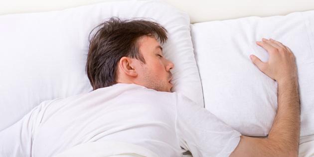 «Гормон сну» збільшує шанси подолати важку форму COVID-19