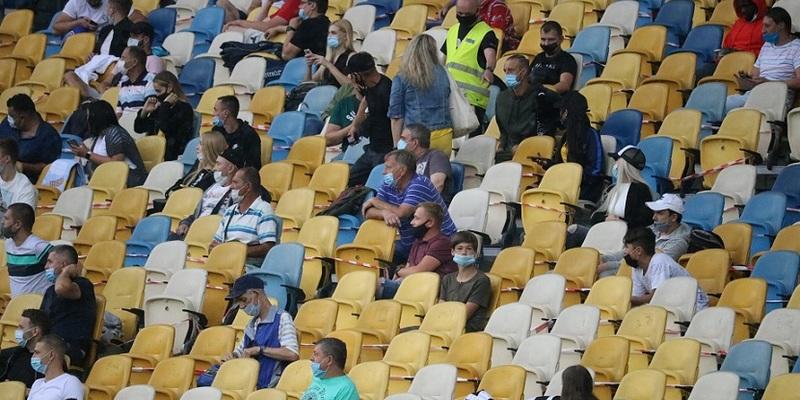 З великим обмеженням: МОЗ дозволив Шахтарю провести матч Ліги чемпіонів у Києві з глядачами