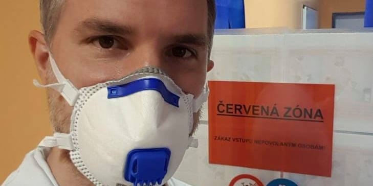 Мер Праги стане волонтером у лікарні, де лежать хворі із COVID-19