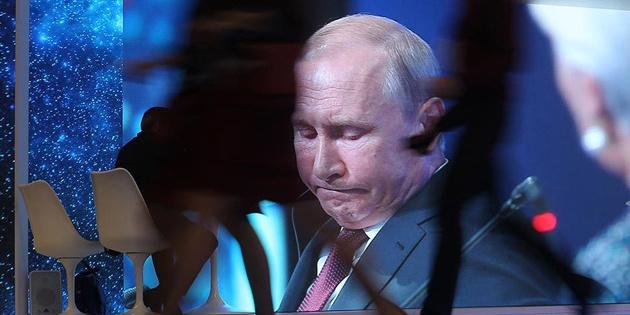 Путін може піти на початку 2021 року через серйозну хворобу – The Sun