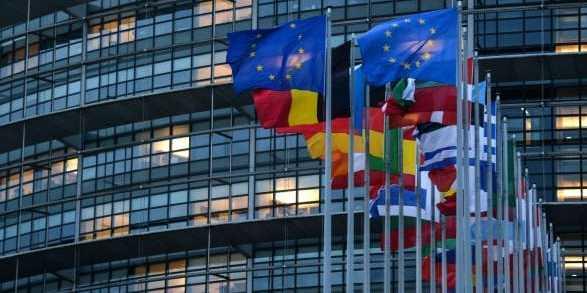 У Європарламенті розкритикували Україну за нереформовану судову систему та вплив олігархів