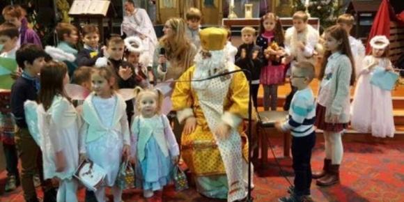 Влада Бельгії дозволила Святому Миколаю порушити карантин і комендантську годину, щоб подарувати дітям свято