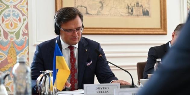 МЗС уже працює над організацією візиту Санду до Києва – Кулеба