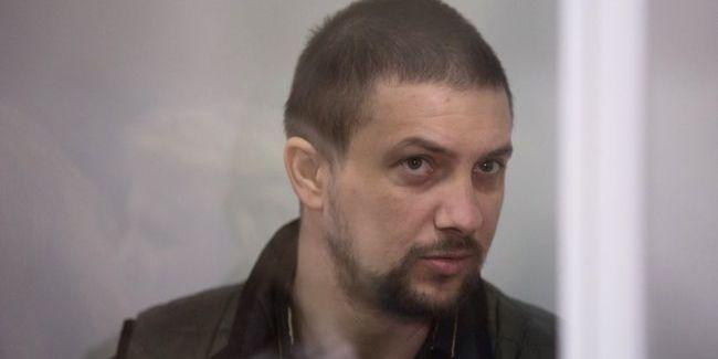 Обвинувачений у розстрілах на Майдані ексберкутівець Маринченко через суд намагається поновитися у поліції