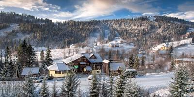Для зимового відпочинку в Карпатах розробили 8 нових турів
