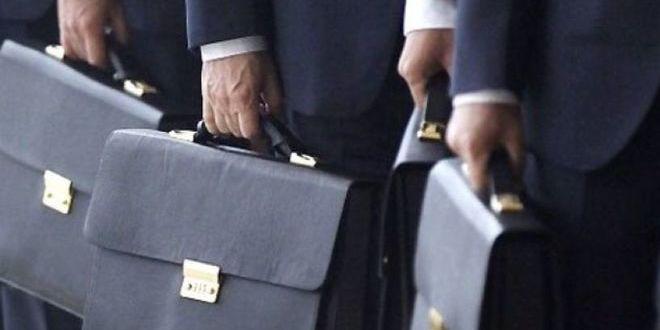Чиновникам дозволять працювати до 70 років – закон ухвалили за основу