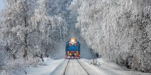 Укрзалізниця відновлює курсування поїзда Миколаїв — Рахів на зимові свята
