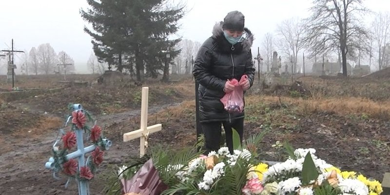 «Дочка стукала в двері лікарні, ніхто не відчиняв»: подробиці загибелі однорічної дитини на Тернопільщині