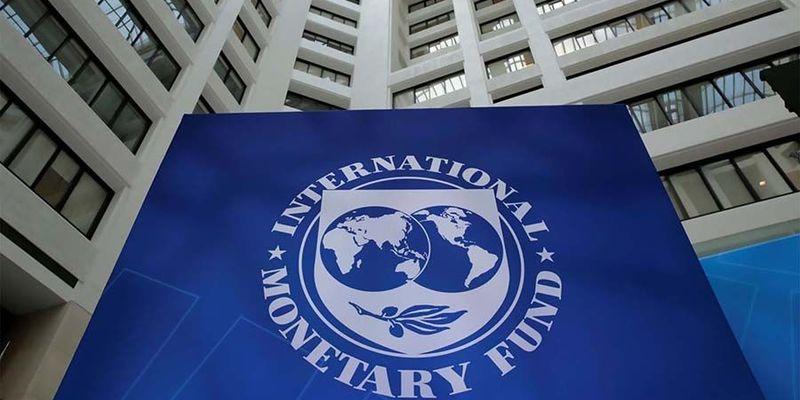 Україна повинна виплатити МВФ близько 1,7 млрд доларів у 2021 році