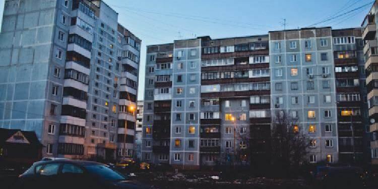 Чому в СРСР будували багато дев'ятиповерхівок
