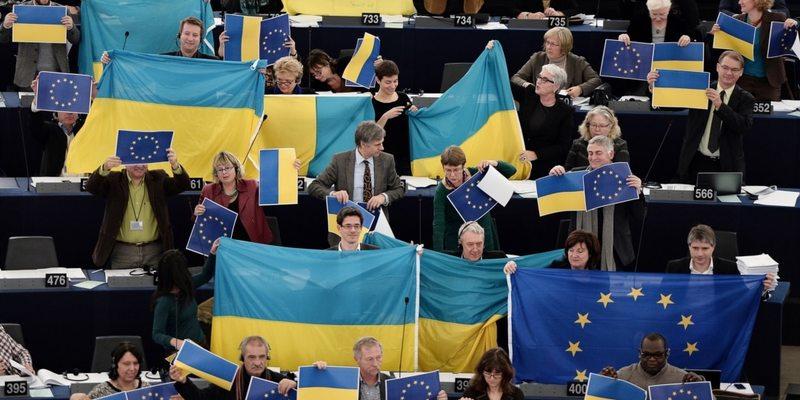 Корупція, олігархи та реформи: Європарламент оцінив виконання Україною Угоди про асоціацію з ЄС