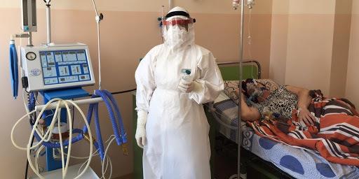 Директора лікарні, у якій померли двоє пацієнтів на апаратах ШВЛ, звільнили