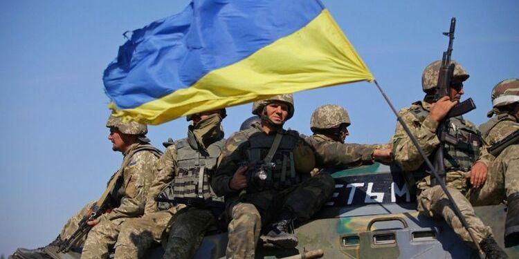 На Донбасі бойовики чотири рази порушували тишу. Українські військові стріляли у відповідь — штаб