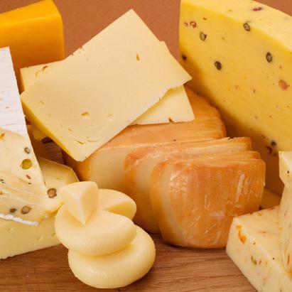 В Росії санкційний сир знищать бульдозером