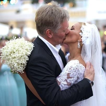 Масштабне весілля прес-секретаря Путіна не обійшлося без скандалу