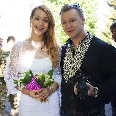 Українські співачки заспівали для поранених бійців