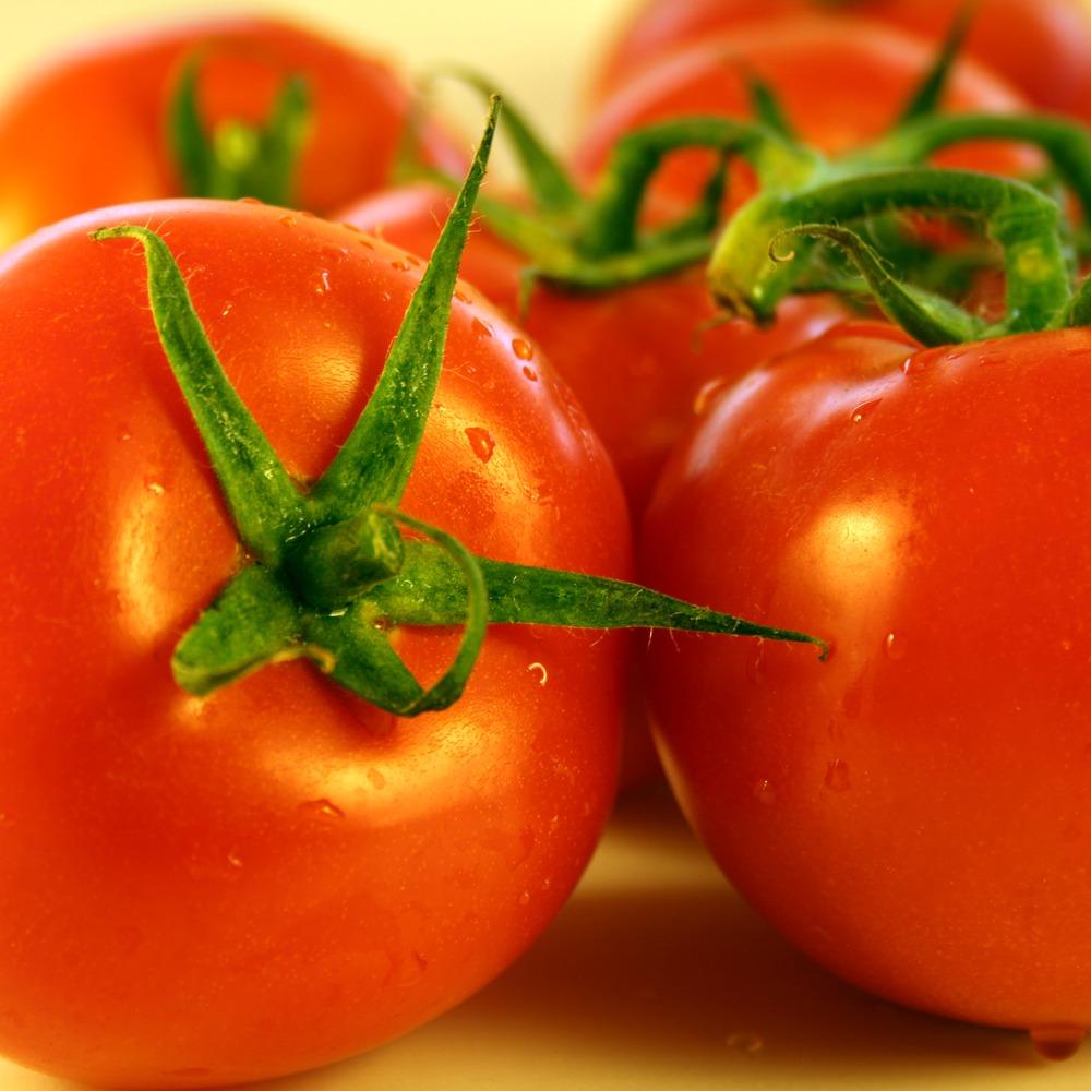 Водій викрав фуру із санкційними помідорами після затримання на кордоні