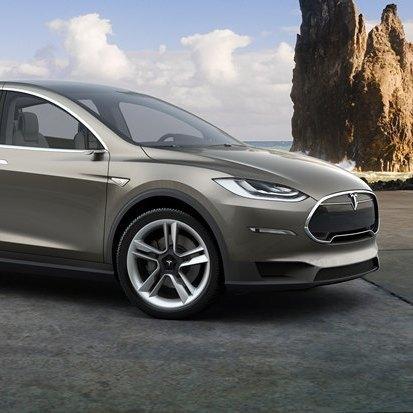 Кросовер Tesla Motors з'явиться вже у вересні