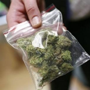 Німці вимагають легалізувати наркотики