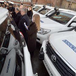"""ОБСЄ вважають, що їх машини підпалили представники """"ДНР"""""""