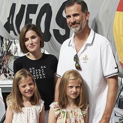 Іспанські монархи на змаганнях з вітрильного спорту (фото)