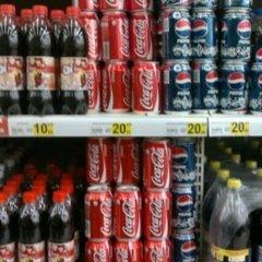 Кока-кола під забороною: в Криму продають безалкогольні напої лише повнолітнім