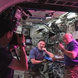 На МКС спробували вперше вирощений на орбіті салат