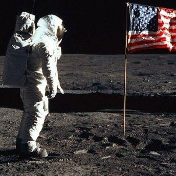 Треба більше грошей: Росія перенесла політ на Місяць