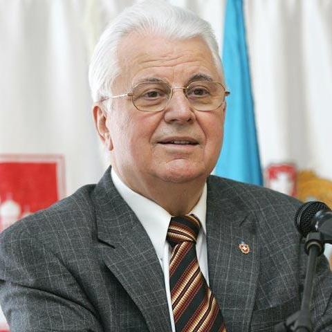 Перший президент України спростував чутки про маленького сина