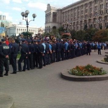 На Майдані сталась сутичка між українськими та польськими фанатами, є потерпілі (оновлено)