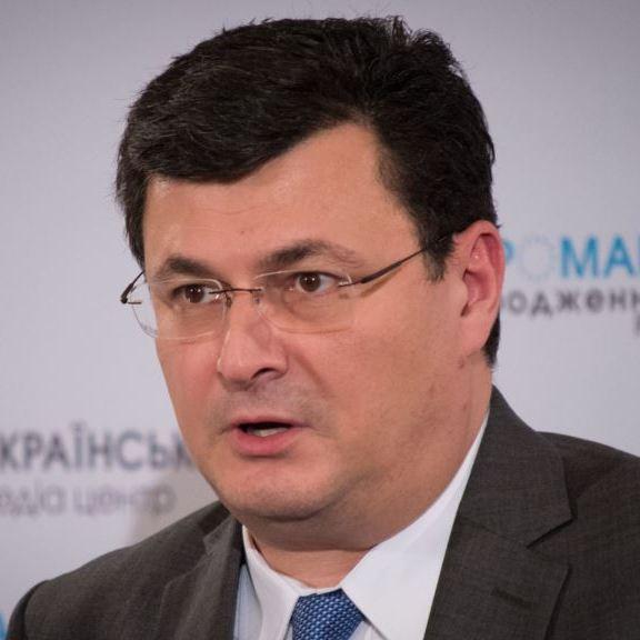 """Міністр охорони здоров'я України отримав від уряду """"по шапці"""""""