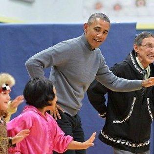 Обама на Алясці піднявся на льодовик і станцював (відео)