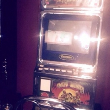 """У Дніпропетровській області """"прикрили"""" зали з ігровими автоматами (фото)"""