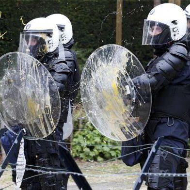 У Брюсселі страйк фермерів переріс у сутички з поліцією