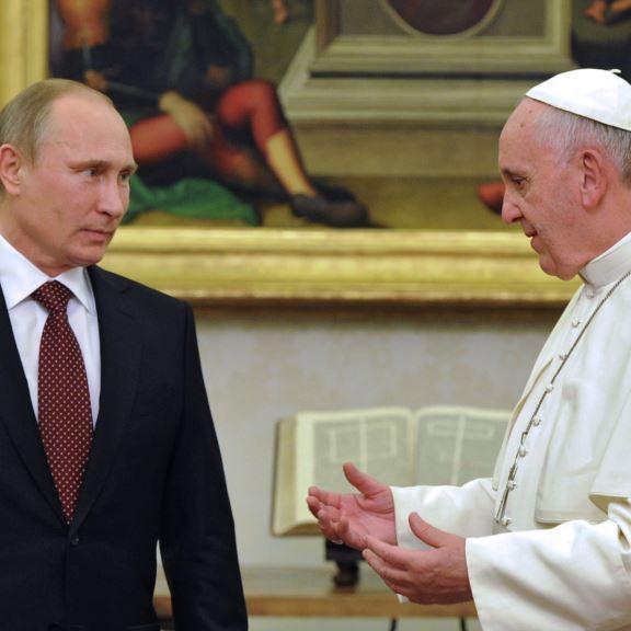Урок ввічливості для Путіна: зустріч з Папою Римським можлива тоді, коли президент РФ не запізнюватиметься