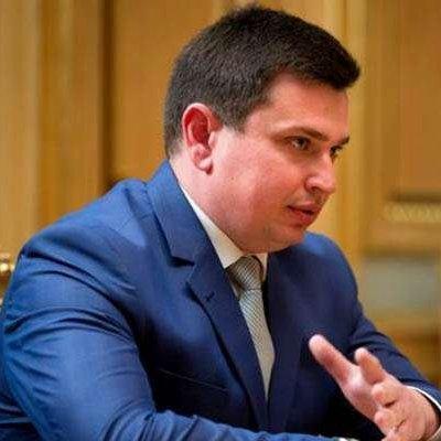 «Якщо антикорупційне бюро не запрацює, якщо ми нічого не зробимо з корупцією — то буквально через рік-півтора України не буде»,- Ситник