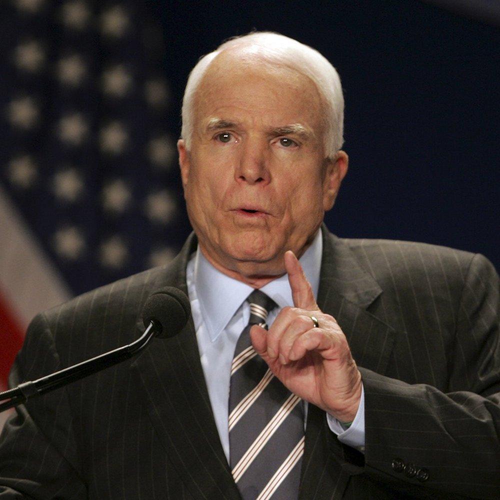 """Маккейн відповів на запрошення Плотницького відвідати """"вибори"""" бойовиків"""