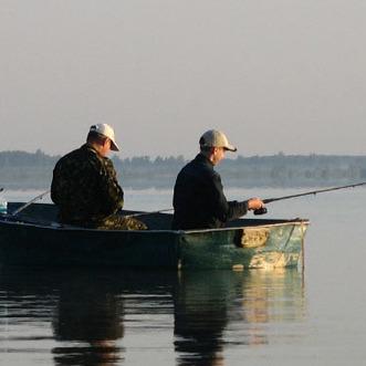 Хибний улов: на кордоні з окупованою територією затримали трьох українських рибалок