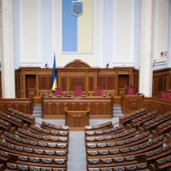 """""""Місцеві вибори заважають нормальній роботі Верховної Ради"""", - експерт"""