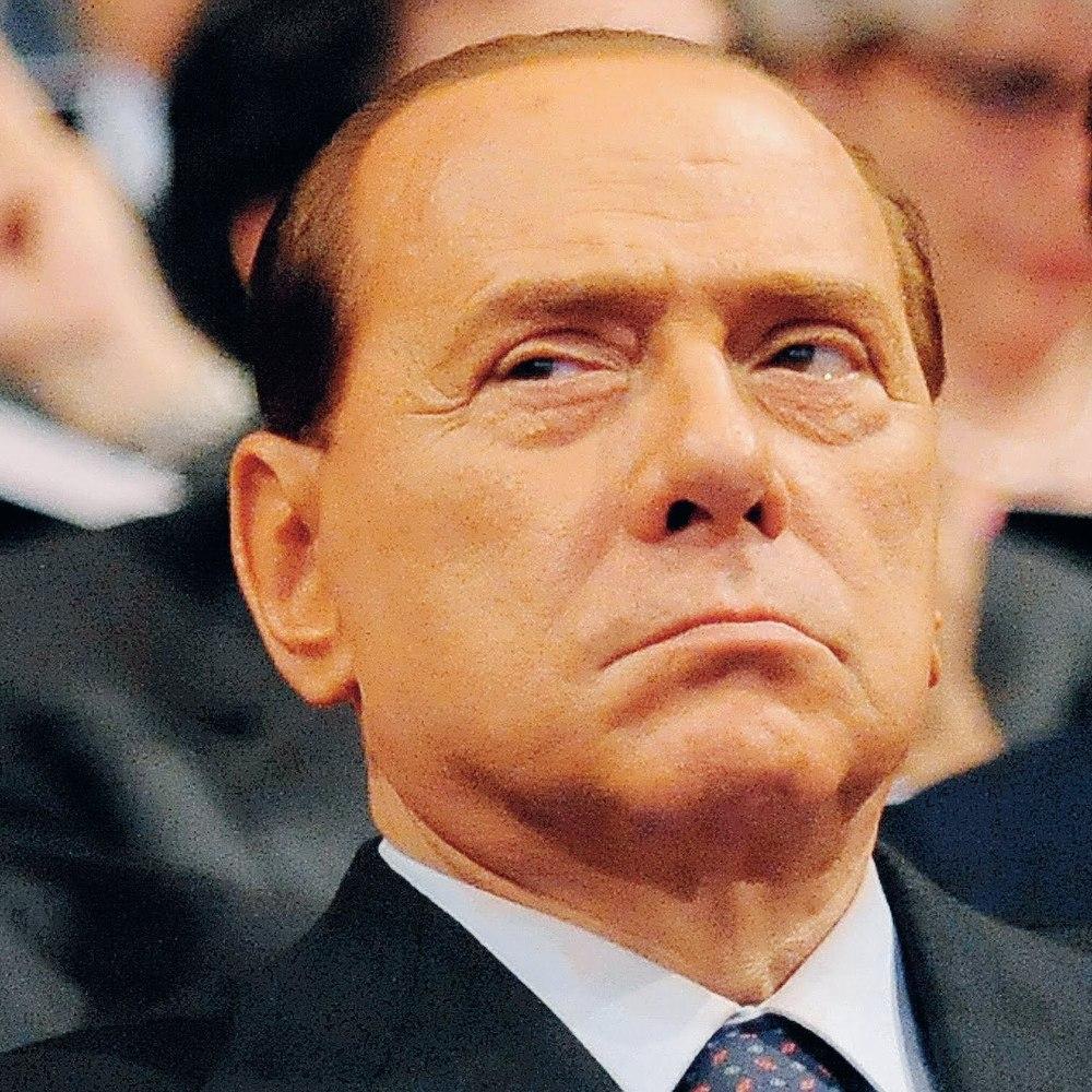 Сільвіо Берлусконі віднині персона нон ґрата в Україні