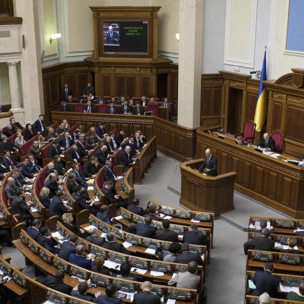 Депутати відкликали законопроект, що повертав активи Януковичу та його команді