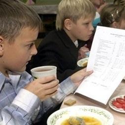 У шкільній столовій отруїлись 58 дітей