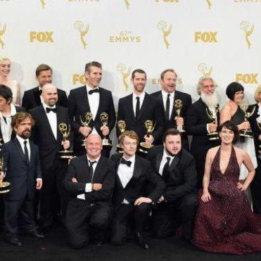 """Серіал """"Гра престолів"""" встановив рекорд в історії """"Еммі"""", отримавши 12 нагород"""