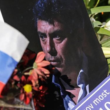 У Києві вулицю, де знаходиться посольство Росії, планують перейменувати на честь Нємцова