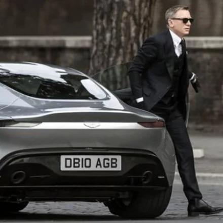 На зйомках нового фільму про Джеймса Бонда розбили рекордну кількість елітних авто
