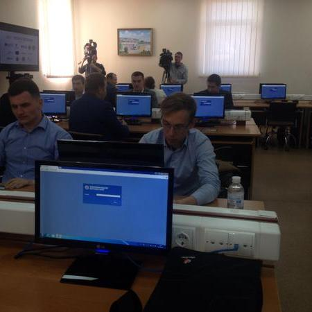 Відсьогодні в Україні розпочинають роботу детективи Антикорупційного бюро