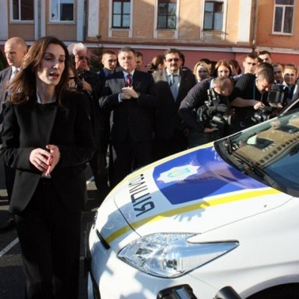 Ека Згуладзе розповіла, чому звільняють патрульних (відео)