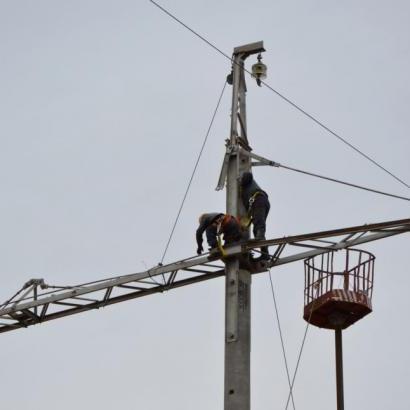 """""""Укренерго"""" відновило подачу електроенергії в Крим по лінії Джанкой - Мелітополь"""