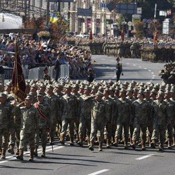 Кожен десятий росіянин боїться нападу з боку України